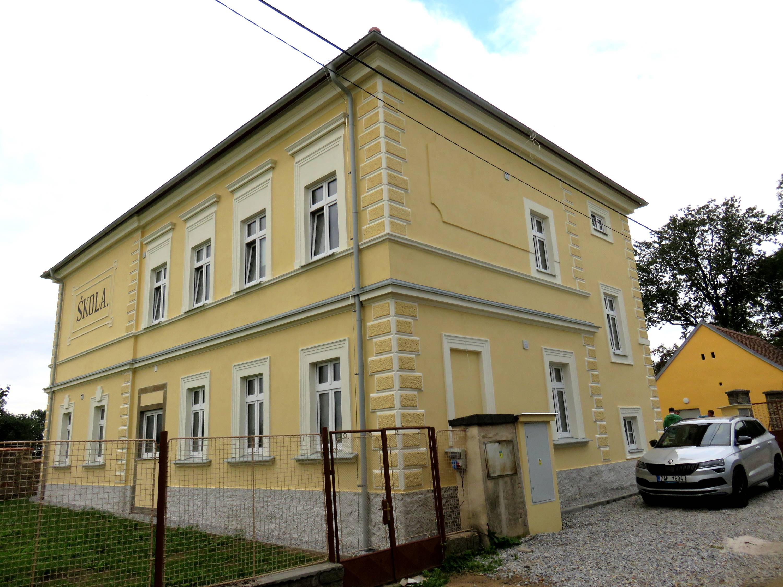 Nabídka 4 bytů pro trvalé bydlení v Defurových Laž. č. p. 58.